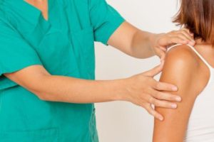 chiropractic services in midland michigan can help relieve your shoulder pain